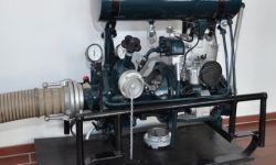 Historische Pumpe